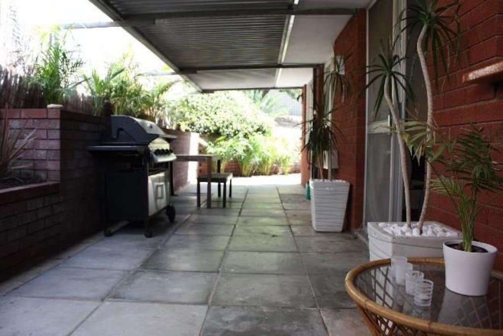 Courtyard side
