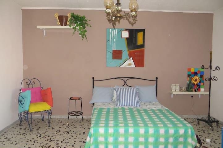 Stanza Matrimoniale -Buon relax e aria buona - Castelnuovo della Daunia