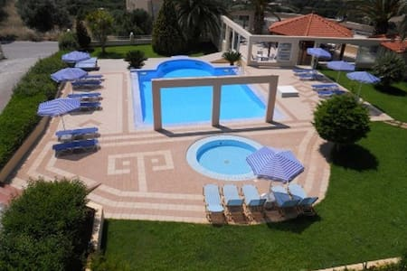 LOFOS STUDIOS  - Rethymno - Bed & Breakfast