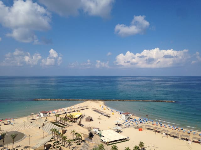 Big Apartment Amazing Sea view - Netanya