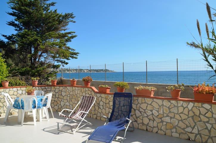Villa sul mare  - Punta Milocca - Villa