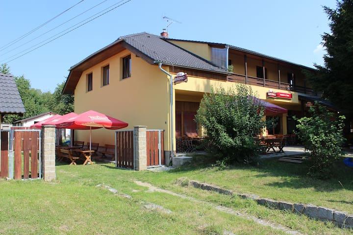 Penzion from  25 km Prague - Čtyřkoly - Wikt i opierunek