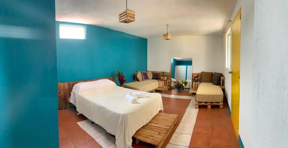 No Tengas Pena House Room #3