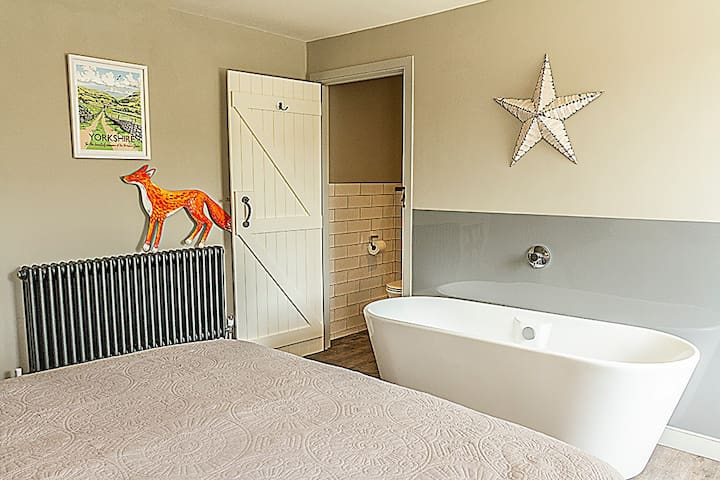 Billy Gill's Cottage Luxury romantic getaway for 2