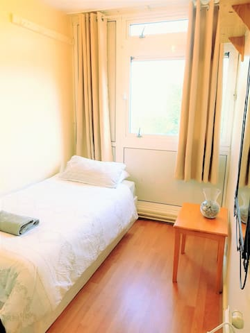 Single Room in Great Location