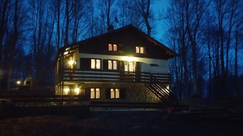 Affascinante baita in montagna - Abbadia San Salvatore - House