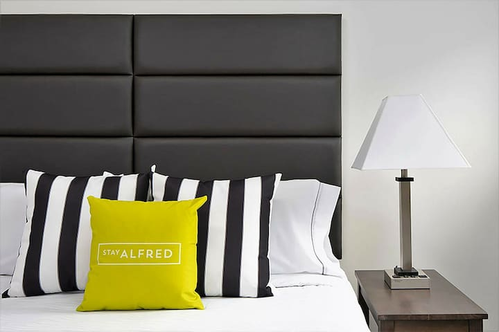 Fabulous Stay Alfred at Market City Center