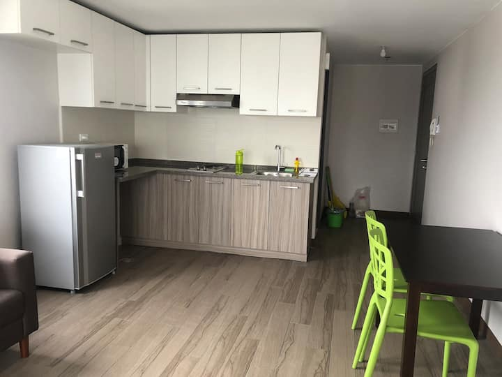 Spacious Affordable Condo in Cubao. Fast Internet