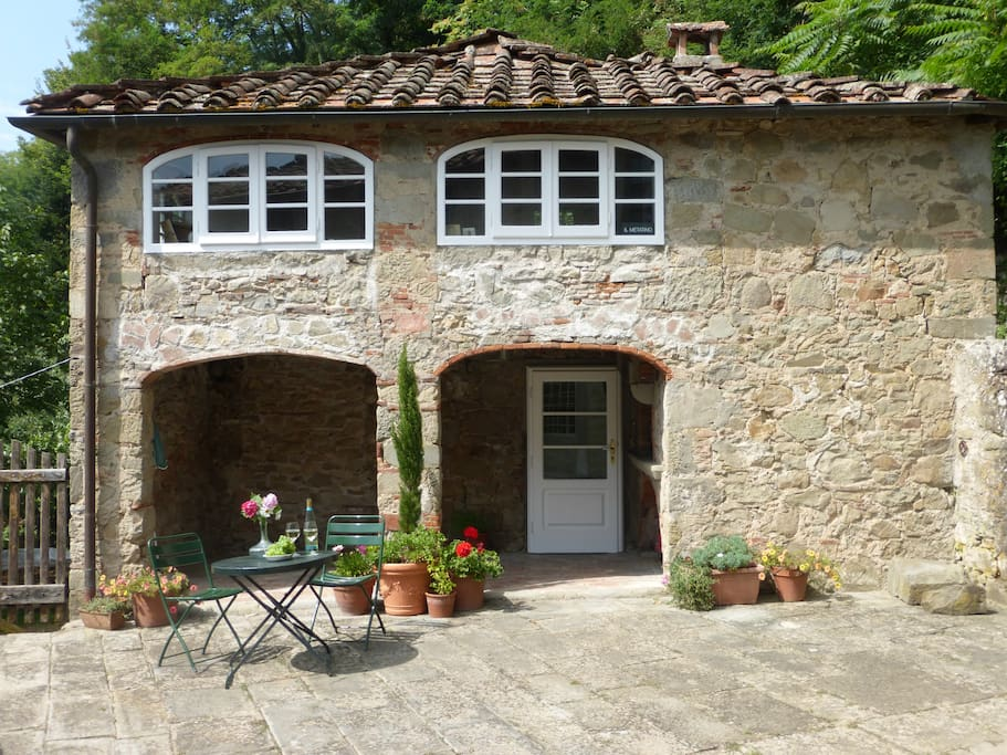 Esterno della casa -Front of cottage