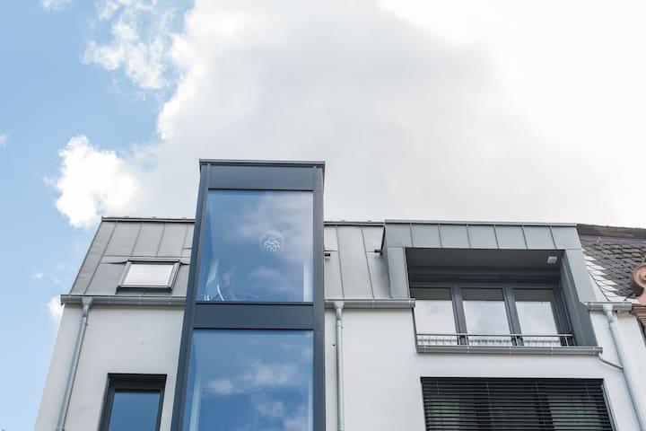 Penthouse Erker und Französischer Balkon