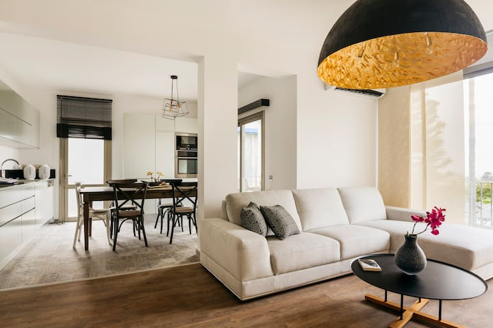 A spacious design flat in a charming development - Kyrenia