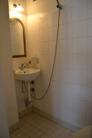 Cho thuê chung cư Hà Đô  98m² ĐN