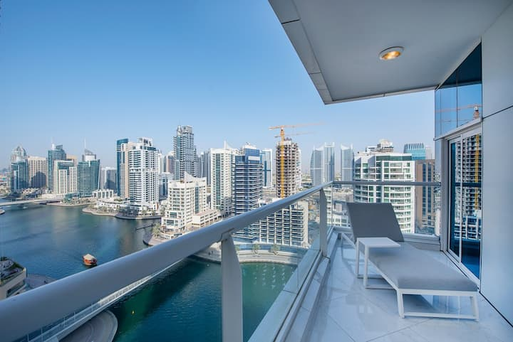 Luxurious 2BDR with Marina View