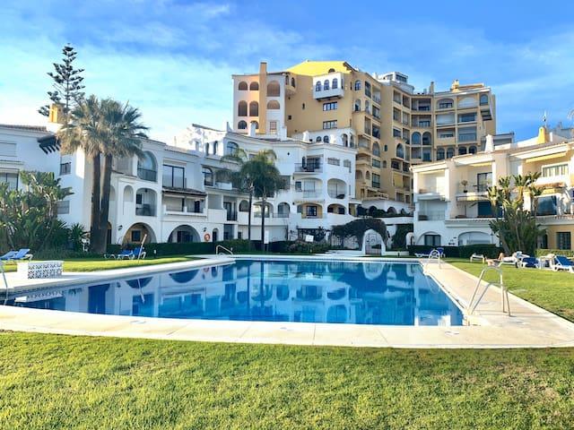Cabo pino apartment next to de harbour and beach