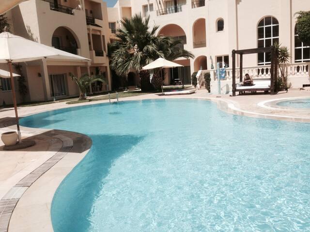 Appart hotel 2 ch + Piscine privée + Plage privée - Tunis - Byt se službami (podobně jako v hotelu)