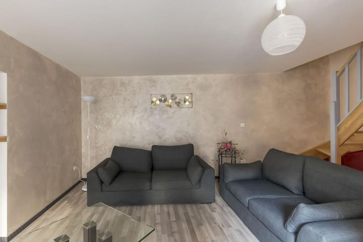 Cosy Apartment in Moissey with Terrace