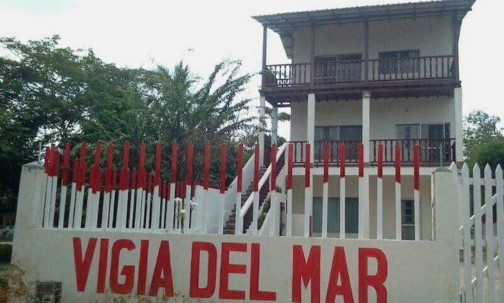Cabaña 1: Tolu-Coveñas - 15 personas, Piso 1.