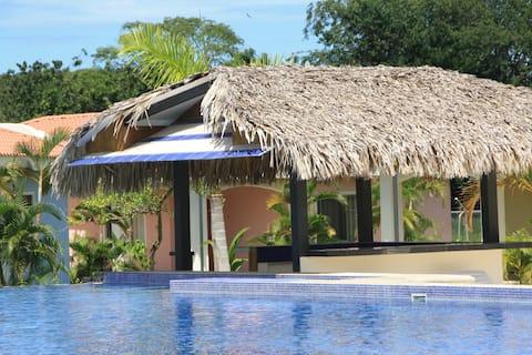 villa in a private resort 400 meters Pacific Ocean