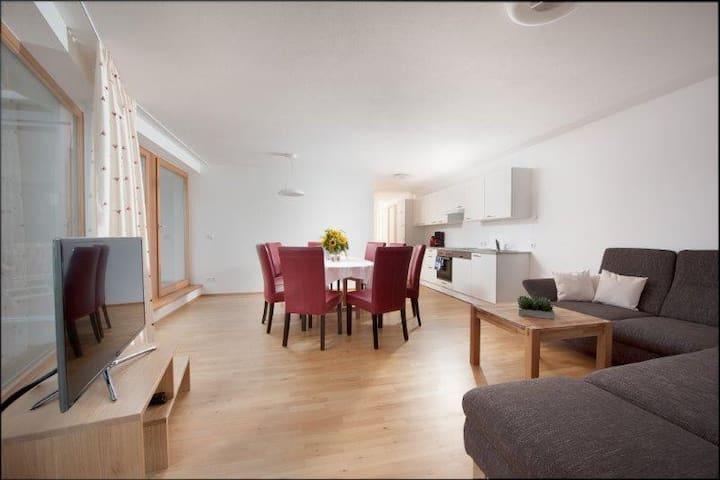Tolle Wohnung mit drei Schlafzimmer