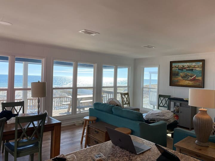 Charming Beachfront Home, Quick online booking for activities!
