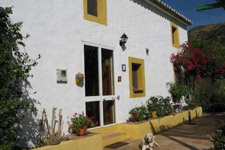 Rural bedroom in Malaga - Casabermeja