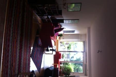 Zimmer mit Küchennutzung