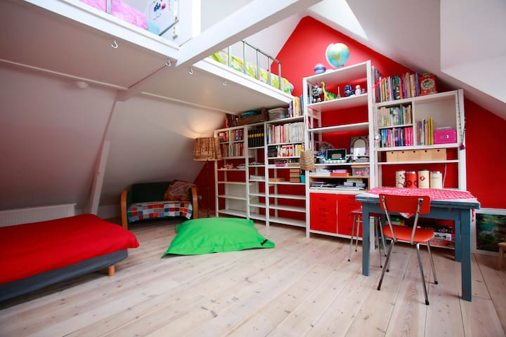 Our attic in the 'Zeeheldenbuurt'