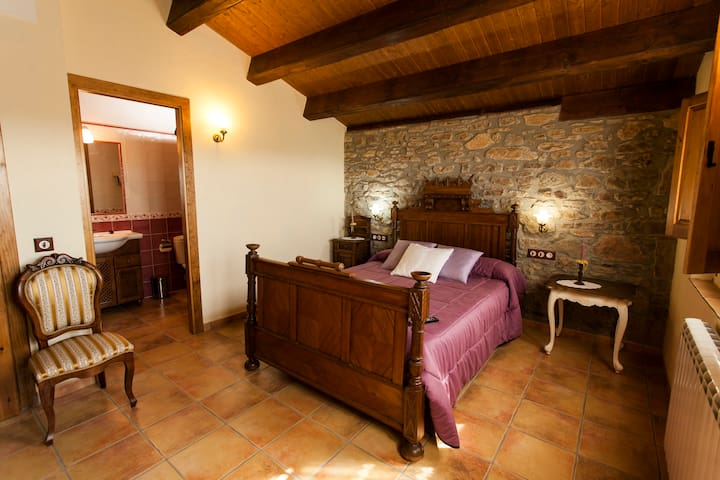 Rural house,4 bedrooms,4 bathrooms - Olius - Casa