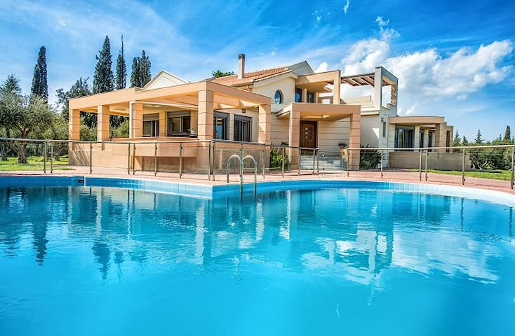 Astarte Villas - Istar Luxurious Private Villa - Zakinthos