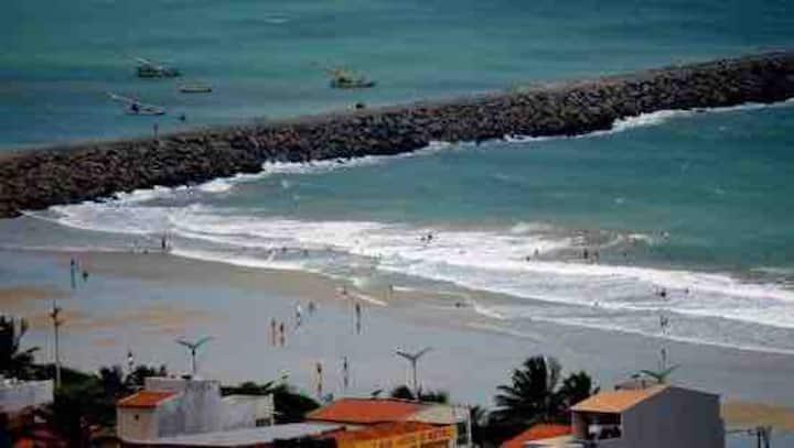 Quarto próximo à praia em Fortaleza-Ce