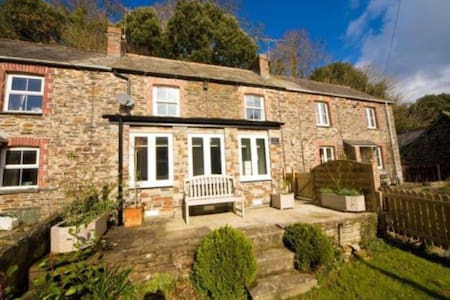Idyllic & peaceful Cornish cottage - Little Petherick