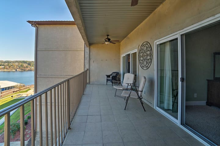 NEW!3BR Jasper Condo on Lewis Smith Lake w/Balcony