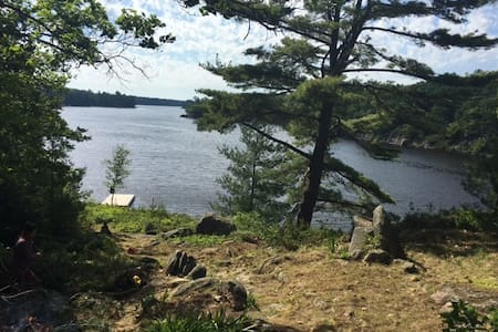 Lakeside Getaway on Gibson Lake - Port Severn - Kabin