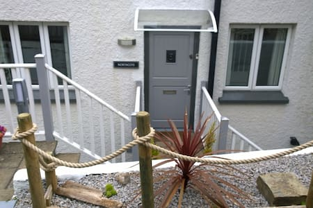 Double room in gorgeous house,Looe  - Looe