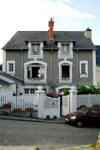 Villa Rosa, between sea and golf - Port-en-Bessin-Huppain - Villa