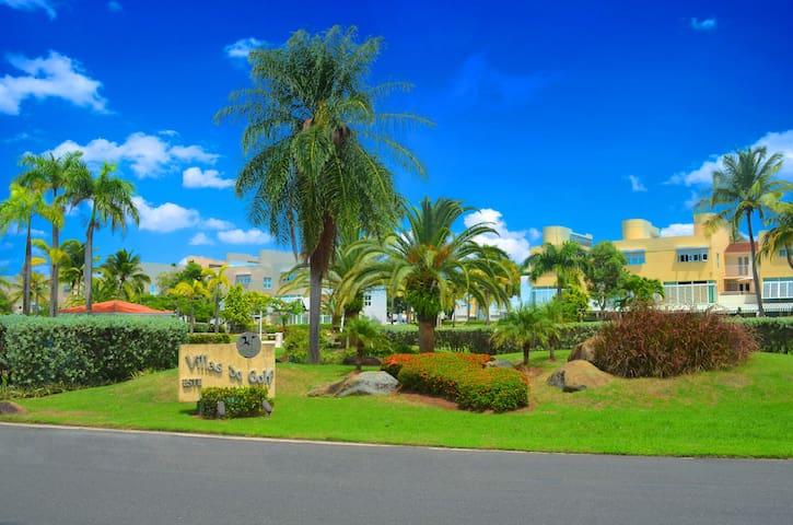 Villas De Golf East Dorado - Dorado - House