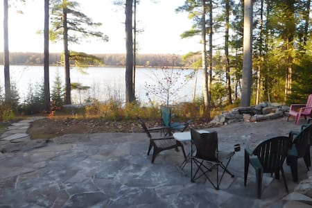 Fabulous Ottawa River Country Home - Ottawa