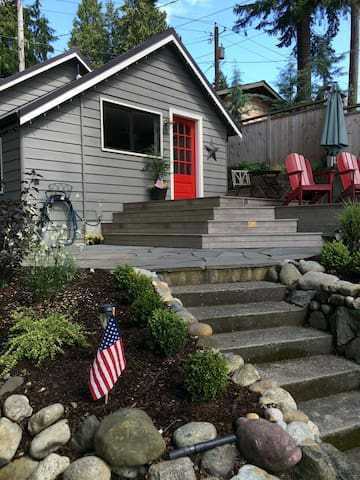Sweet and Cozy Guest House/Cottage - Indianola - Casa