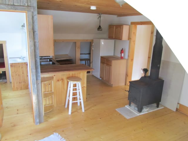 Sweet Barn Apt. for rent on farm - Wolcott - Leilighet