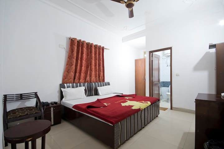 Guest house Olivia Residency Room 3 - Gurgaon - Bed & Breakfast