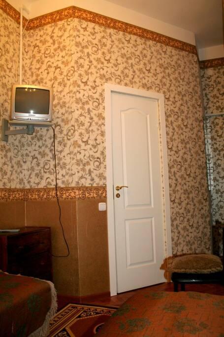 Двухместный номер стандарт,душ и туалет в номере