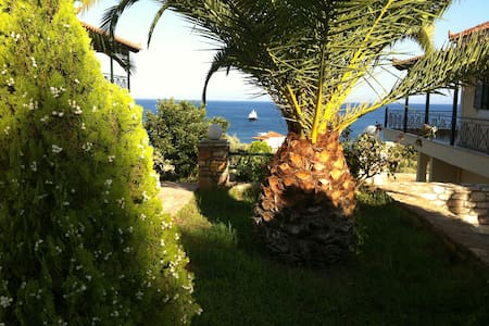 Elaia Houses: Studio with sea view #13