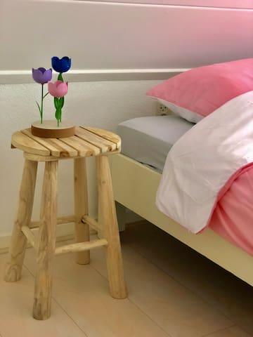 Slaapkamer 1. met tweepersoonsbed Bedroom 1. with double bed Schlafzimmer 1. mit Doppelbett