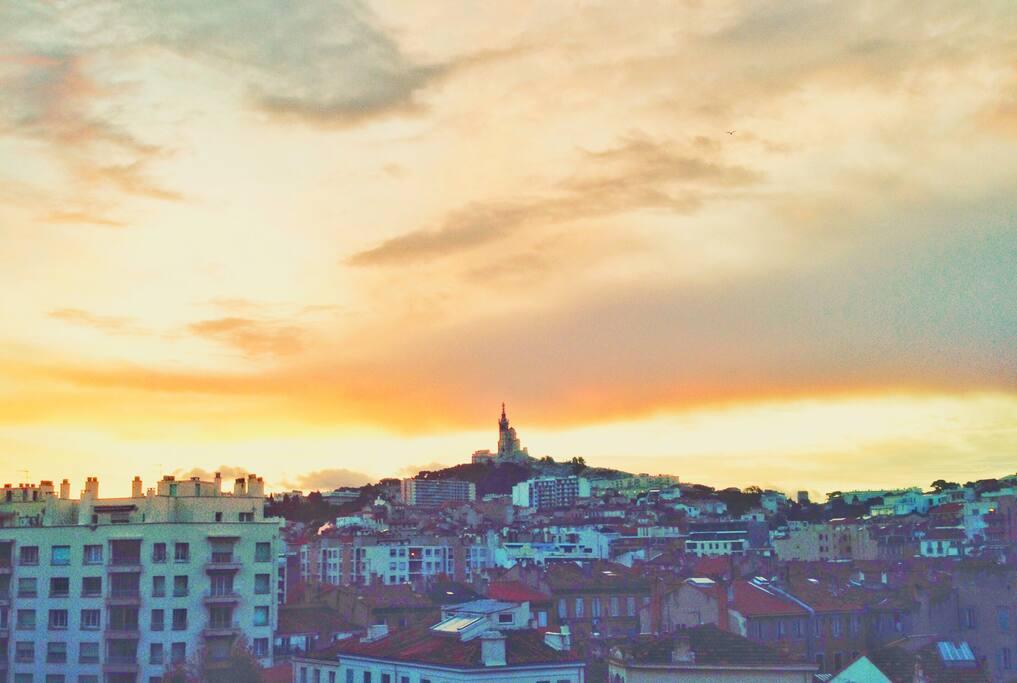 Les plus matinaux apprécieront le lever du soleil!