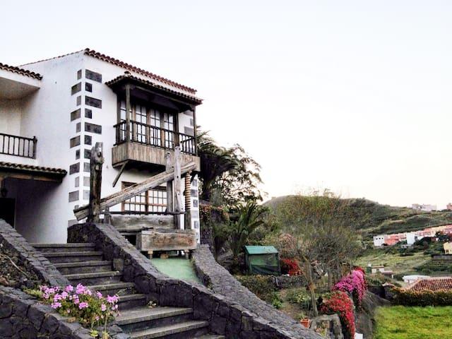 Discover Finca Los Geranios - Anaga