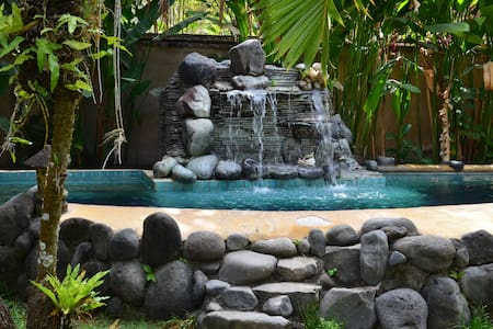 Nice villa with pool in Seminyak