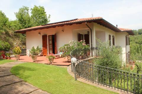Flott villa på landet i hjertet av Toscana