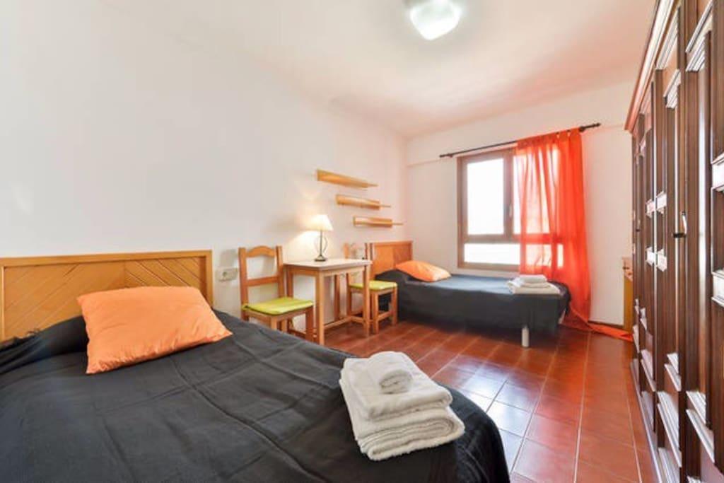 Figueretas spiaggia 100mt vicinanzeporto apartamentos en alquiler en ibiza isole baleari espa a - Apartamentos ibiza alquiler ...