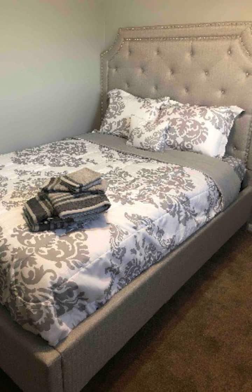 Cozy Manor Private Room 1