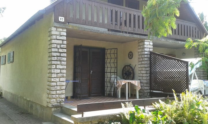 house for 4 persons in Siófok R80470